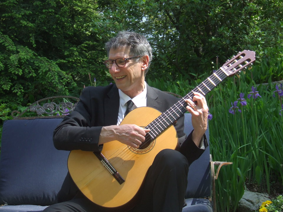 The Classical Guitarist